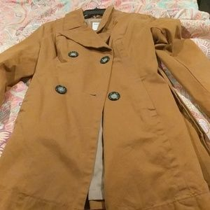 Camel color old Navy trench coat size petite L